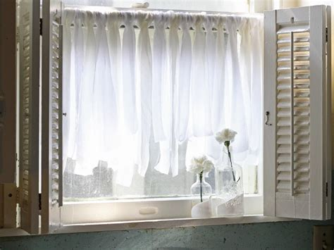curtains and window treatments easy fabric scrap cafe curtains hgtv