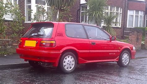 old hot hatchbacks top 12 hot hatches from the 90s toyota corolla gti 16