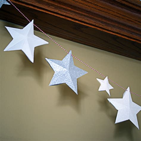 How To Make A Paper Garland - diy paper garland
