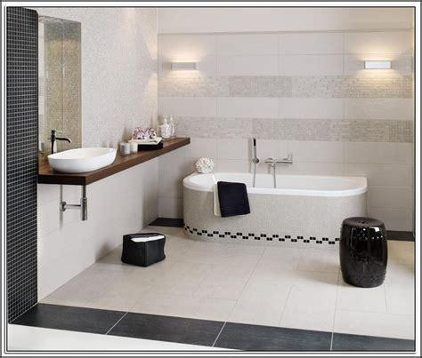 Fliesen Kaufen Badezimmer by Moderne Badezimmer Fliesen Kaufen Fliesen House Und