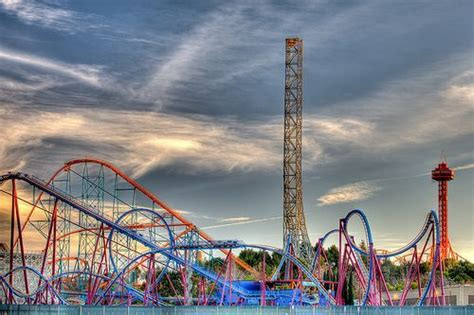 theme park los angeles six flags magic mountain is a 262 acre theme park located