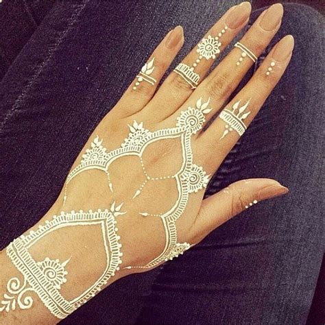 white henna hand tattoo designs 25 best ideas about white henna on henna
