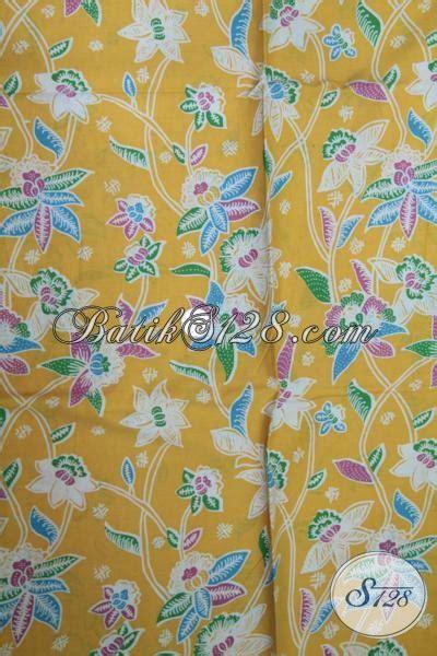Sprei Anak Motif Putri Kuning kain batik kuning motif bagus sebagai bahan baju seragam