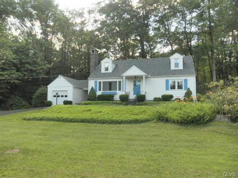 barrett township home 287 dutch hill rd canadensis pa 18325 home for sale