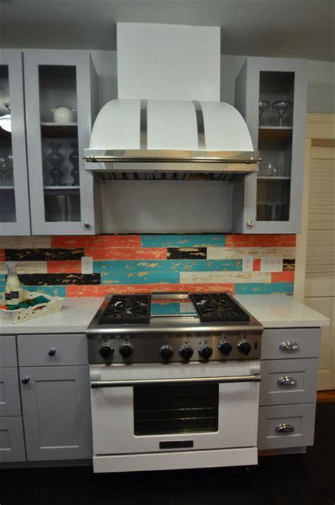 painted shaker kitchen cabinets house crashers painted shaker cabinets eclectic