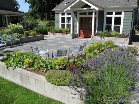 backyard borders garden adventures for thumbs of all colors patio design