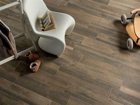 prezzi piastrelle finto legno gres porcellanato effetto legno prezzi piastrelle