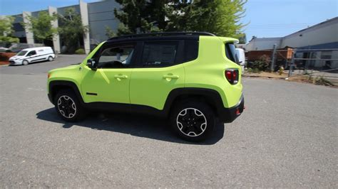 trailhawk jeep green 2017 jeep renegade trailhawk hypergreen clearcoat