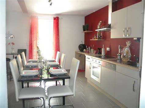 couleur murs cuisine avec meubles blancs cuisine avec murs et meubles blancs cuisine