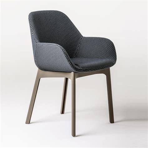 ba eames espagnol clap fauteuil en tissu kartell ambientedirect com
