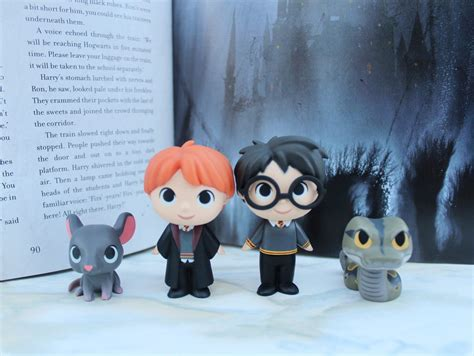 Mystery Minis Harry Potter blind box bag roundup 32 funko harry potter mystery minis simply sinova
