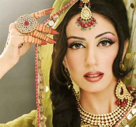 bridal makeup videos 2016 indian pakistani and arabic bridal makeup ideas for 2018 a style tips