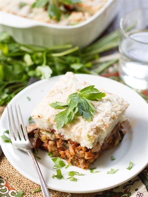 vegetarian eggplant moussaka recipe vegan eggplant moussaka connoisseurus veg
