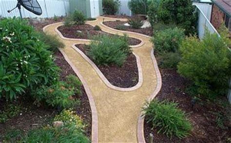 decorative path edging kwik kerb landscape driveway borders and pathway edging