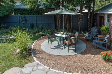 sustainable water permeable patio opposite view the cobble ringed patio is bonded gravel