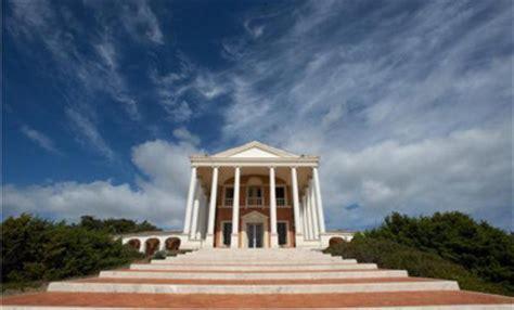 casa di totti totti una mega villa da 20 milioni per ilary bollicine vip