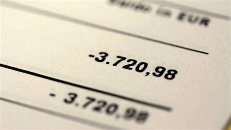 zinsen bei banken bis zu 13 75 prozent zinsen banken kassieren bei dispo