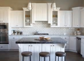 Decorating Kitchen Cabinets by How To Decorate Above Kitchen Cabinets Shaweetnails