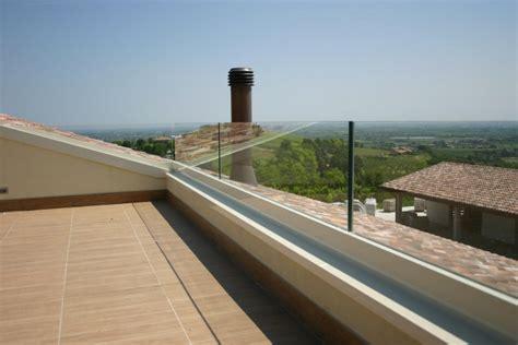 parapetti balaustre balconi vetreria a rimini vetreria