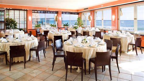 banchetti da lavoro hotel cerimonie alassio hotel ristorante sul mare charme hotel