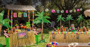 hawaiian home decorations 1000 ideas about luau decorations on