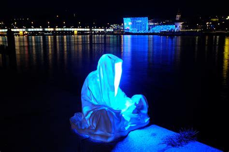 New Light Art Installation Modern Famous Sculpture Statue New Light