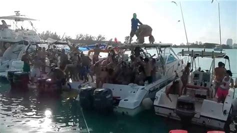 fast boats and bikinis harlem shake miami style hot girls fast boats great