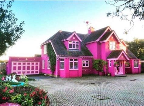 real barbie house this real barbie house is on airbnb the luxury spot