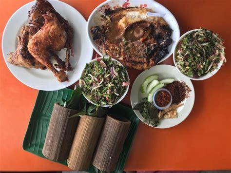 tempat makan menarik  sungkai  nasi bamboo