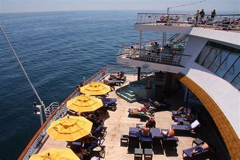 paradies decken carnival paradise serenity deck cruise critic message