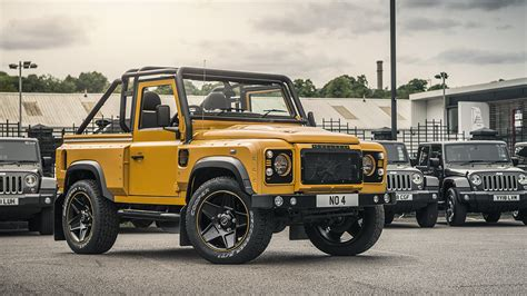 land rover track land rover defender 2 2 tdci 90 top chelsea wide