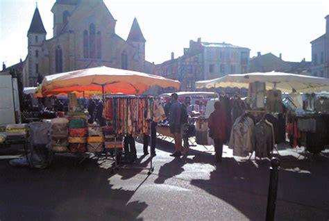 march 233 de charlieu roannais tourisme