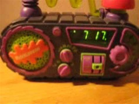 the worlds best gift by nickelodeon an alarm clock