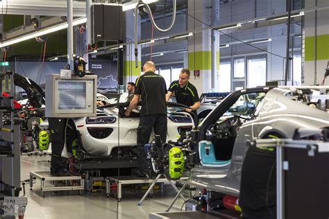 Porsche Stuttgart Factory by Porsche Factory Tour 918 Spyder Production Ending