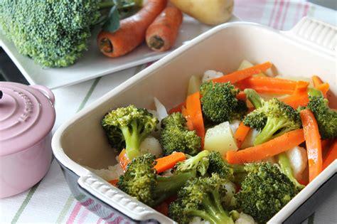 como cocinar vegetales verduras al vapor coliflor zanahoria br 243 y patatas