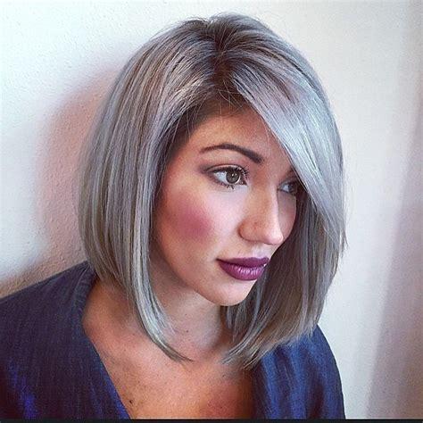 tintes de cabello color gris 161 tips para lograr el cabello gris que sue 241 as 193 rea de ideas
