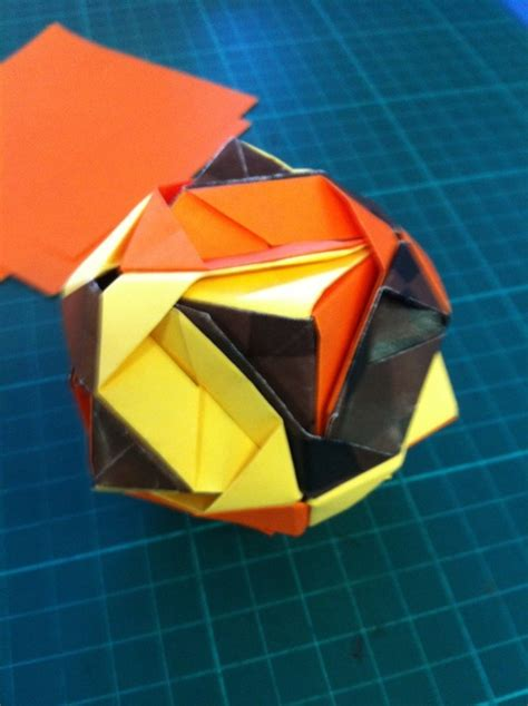How To Make Origami Sphere - how to make an origami snapguide