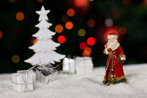 Santa Claus Family New Year Kaos Natal T Shirt santa claus janelle knutson