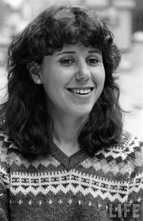 Julie Kavner Profile