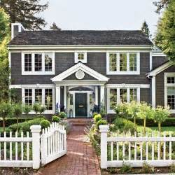Trellis Federal Way Updated Interior Classic Exterior A Light Filled And