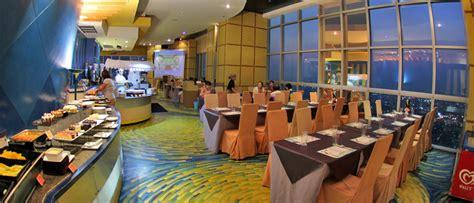 Tiket Internasional Buffet Dinner Seafood Baiyoke Sky buffet dinner at baiyoke sky hotel bemyguest