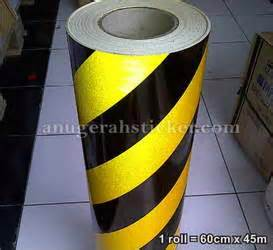 Skotlet Transparan Hitam stripes reflective sheeting