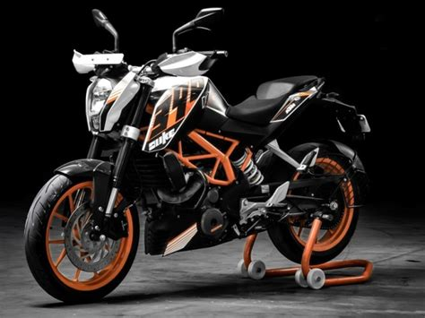 Ktm Duke 390 Second Ktm 390 Duke In Second Generation Guise Touches Base In