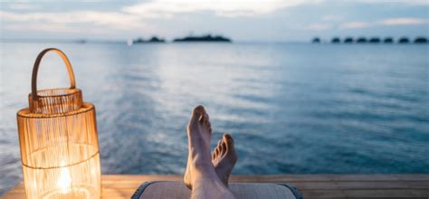 ways    relax  holiday travel