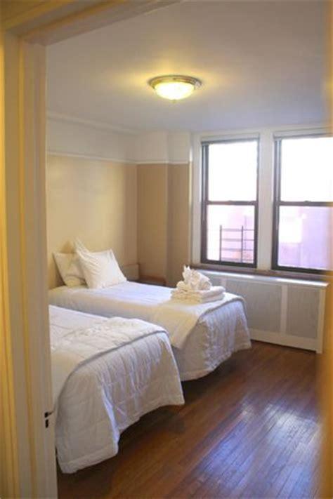 leo house nyc leo house hotel new york 201 tat de new york voir 413 avis