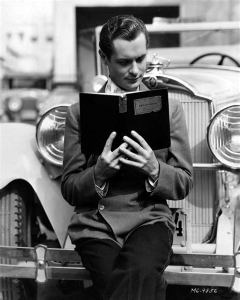libro sexo mentiras y hollywood robert montgomery checks out a volume on behaviorism beguiling hollywood