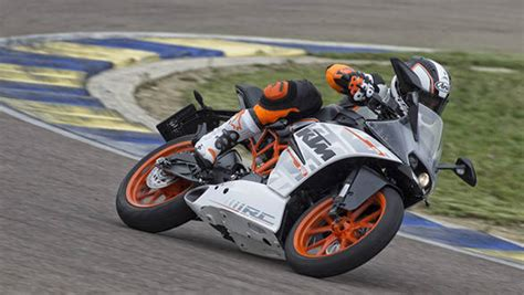 Ktm Rc 200 Price In Mumbai Ktm Rc 200 And 390 Mumbai On Road Prices Out Three Month