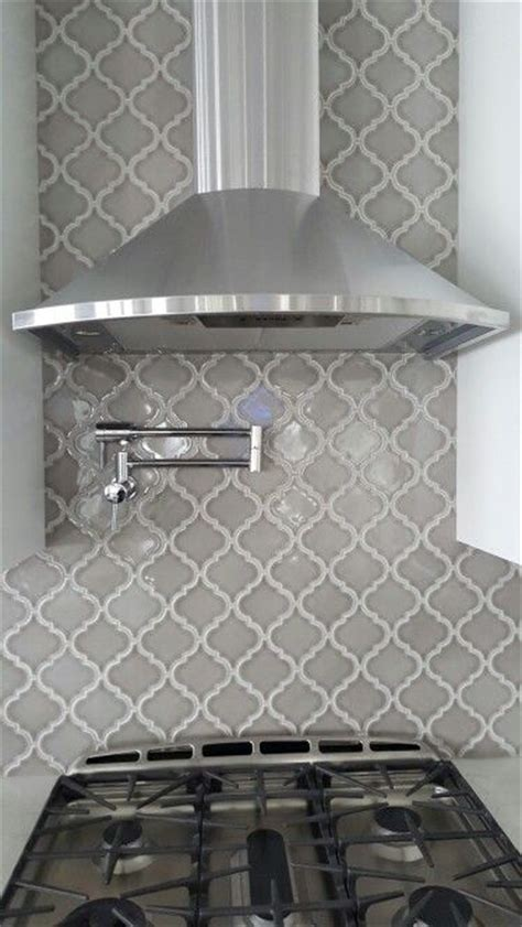 grey kitchen backsplash best 25 grey backsplash ideas on gray subway