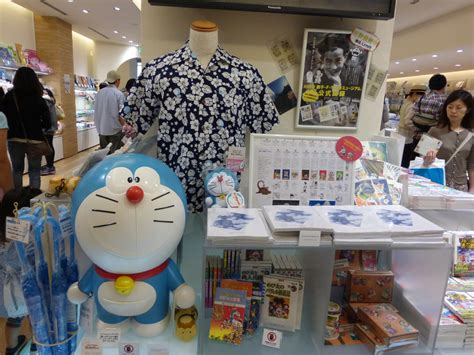 Figure Doraemon Asli Dari Museum Fujiko Fujio museum fujiko f fujio bernostalgia dengan doraemon ransel kecil