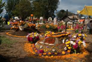 Mexican Halloween Decorations Dia De Los Muertos More Than Just A Variant Of Halloween